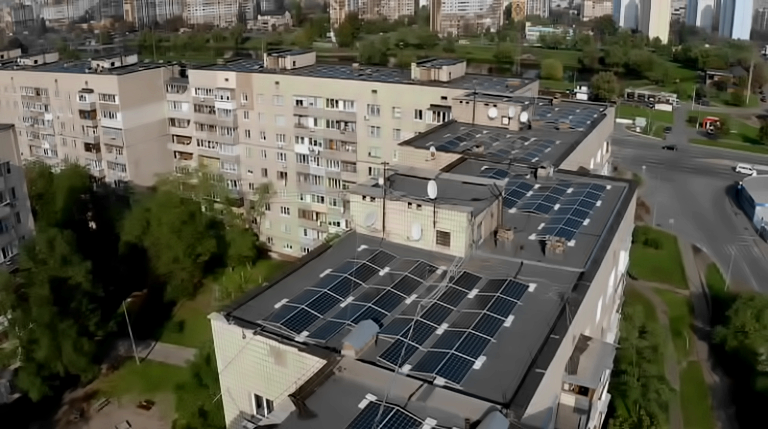 Solar kilowatts in the middle of the city: Kyiv high-rise building turned into a powerful green power plant